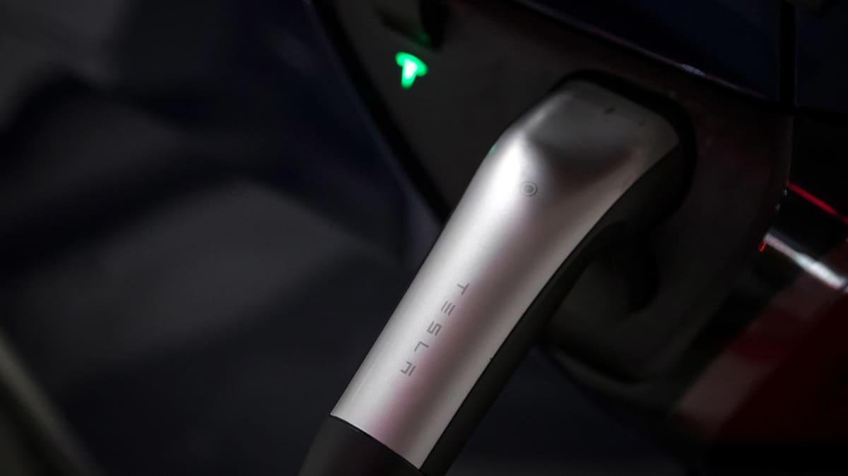 2020 Tesla Model 3 Standard Range Plus review-2