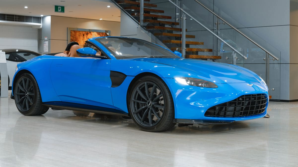 2021 Aston Martin Vantage Roadster lands in Australia