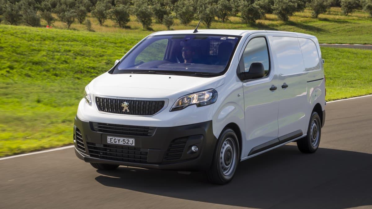 Drive 2021 Best Van finalist Peugeot Expert 6 front exterior view