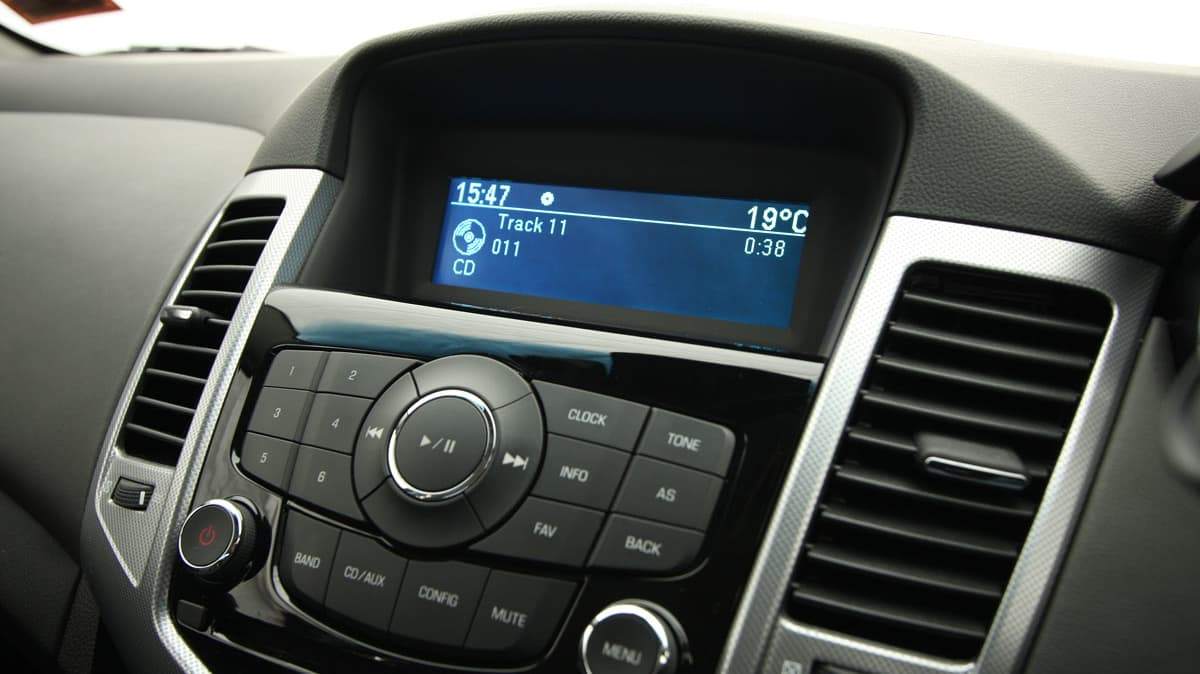 2009_holden-cruze_cdx_and-cruze-cd-diesel_road-test-review_081.jpg