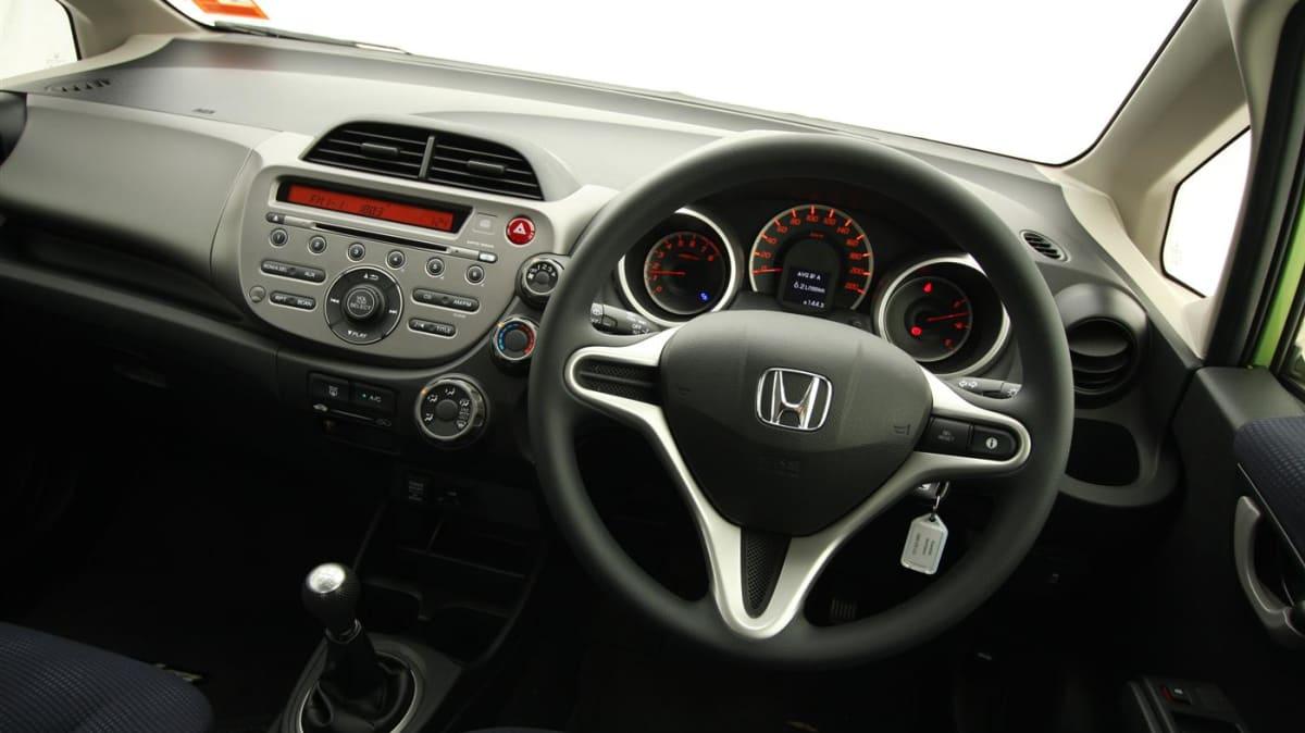 2011_honda_jazz_gli_roadtest_review_15
