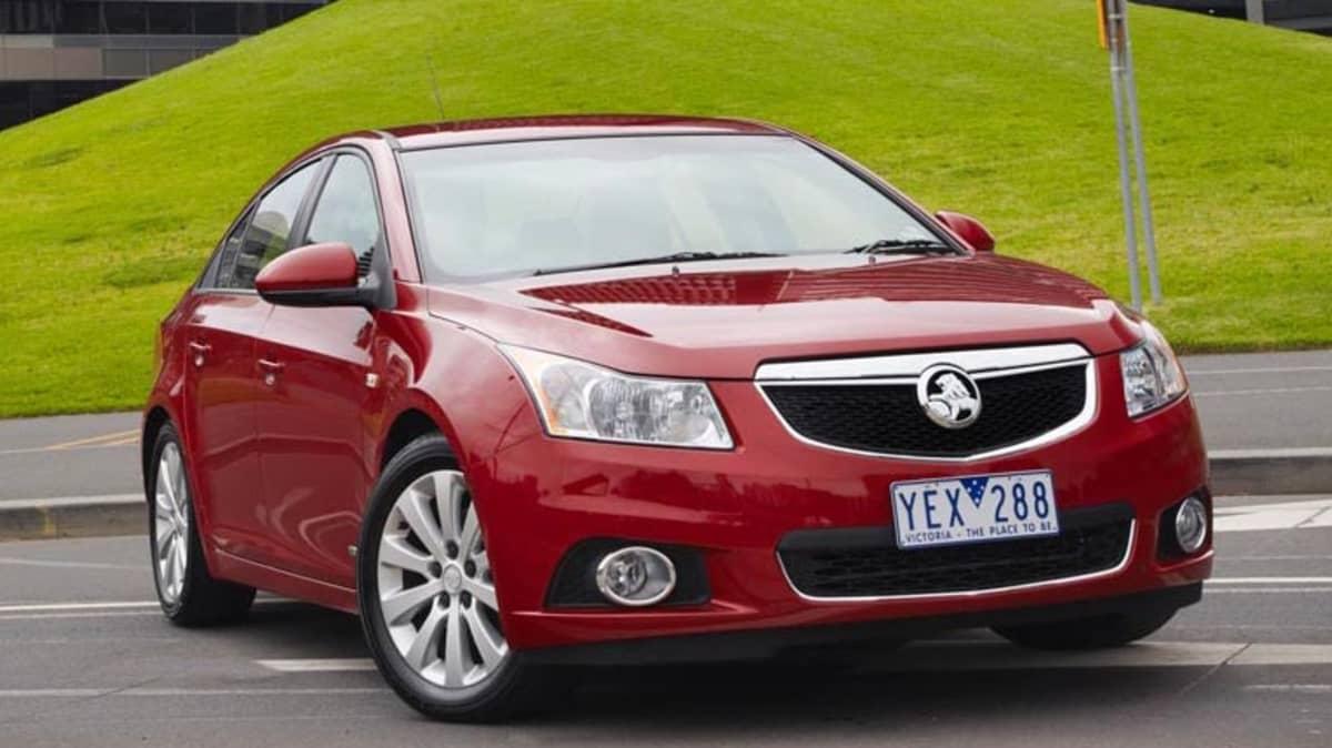 2011 Holden Series II Cruze CDX Diesel Review
