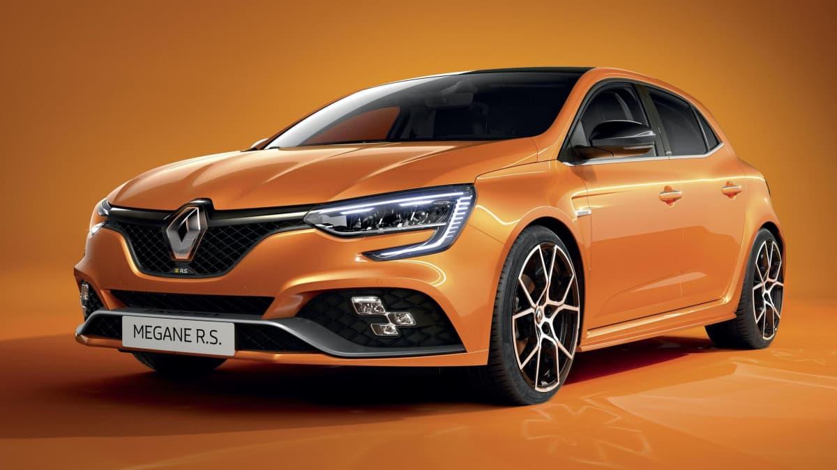 2020 Renault Megane facelift and plug-in hybrid unveiled