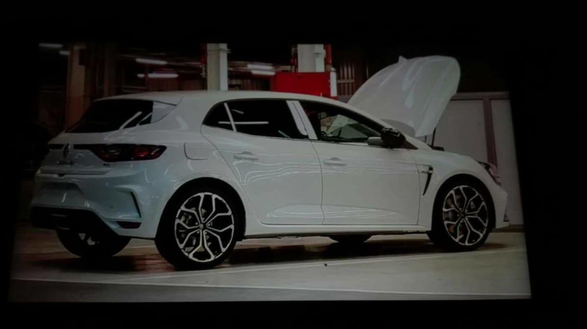 Renault Megane RS Rump Revealed In New Spy Shot