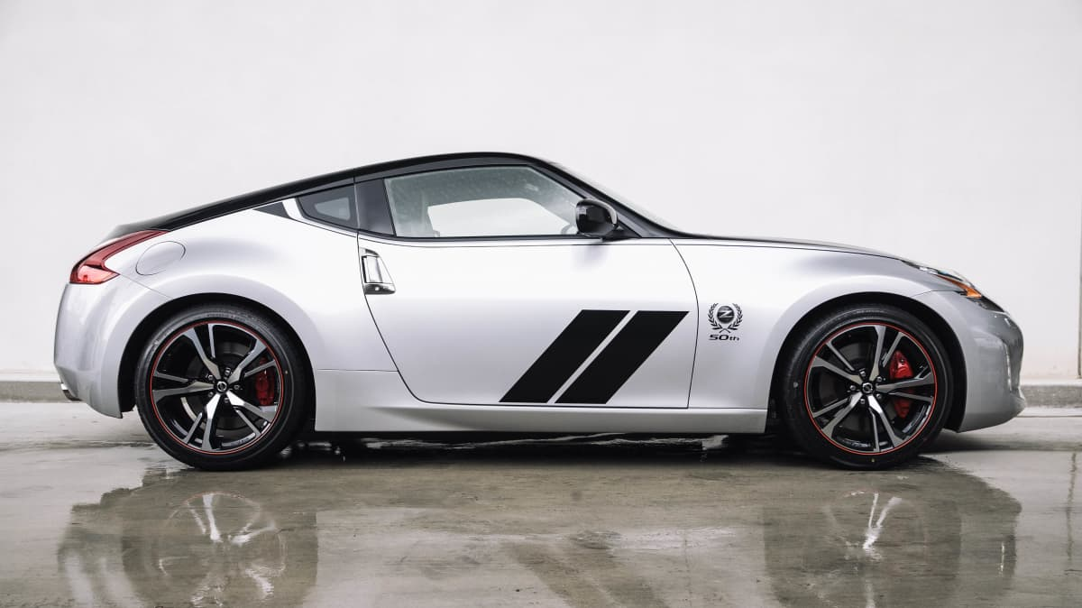 Next Nissan 370Z and Nissan GT-R could switch to electric power