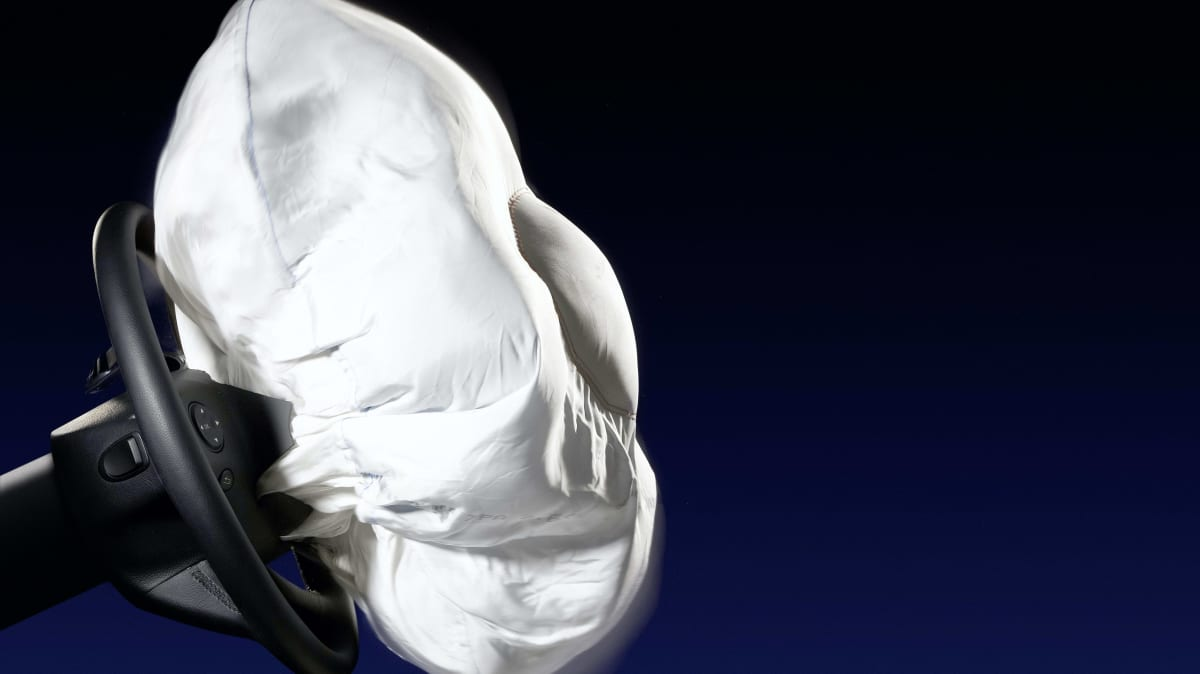 Takata airbag recall: 200,000 cars remain, 8000 to stop driving immediately