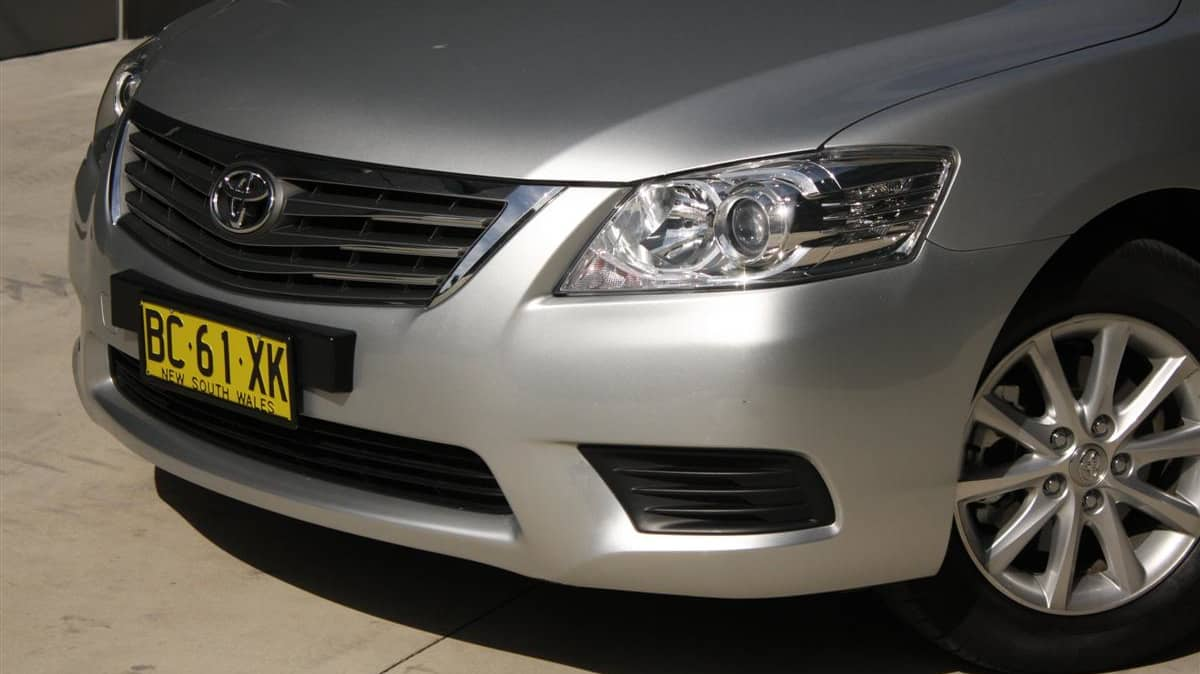 2010_toyota_aurion_at_x_road_test_review_header_34