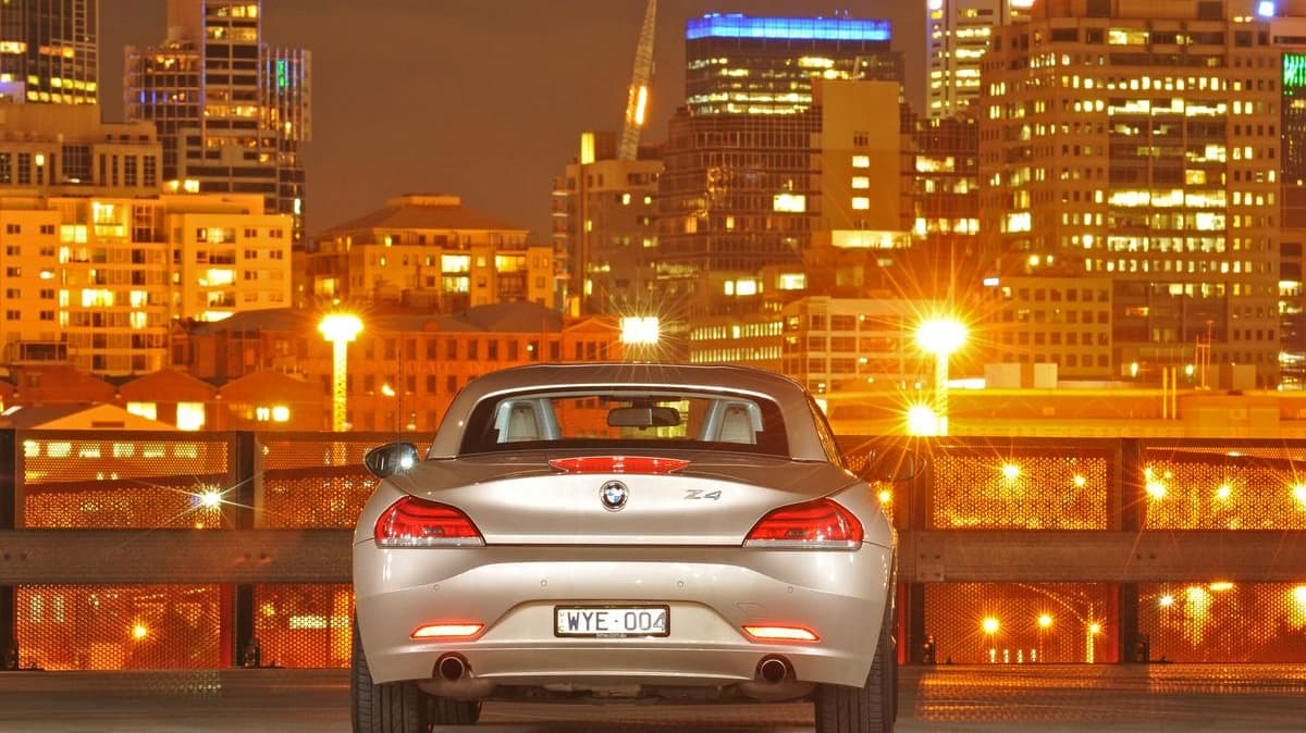 2009 BMW Z4 SDrive35i - Orion Silver MetallicnDocklands, Melbournen3rd September 2009n(C) Joel Strickland PhotographicsnUse information: This image is intended for Editorial use only (e.g. news or commentary, print or electronic). Any commercial or promot