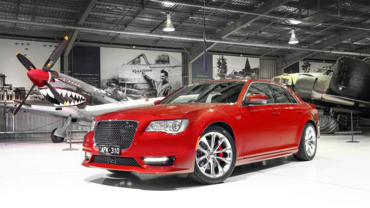 2015 Chrysler 300 SRT - Price and Features for Australia