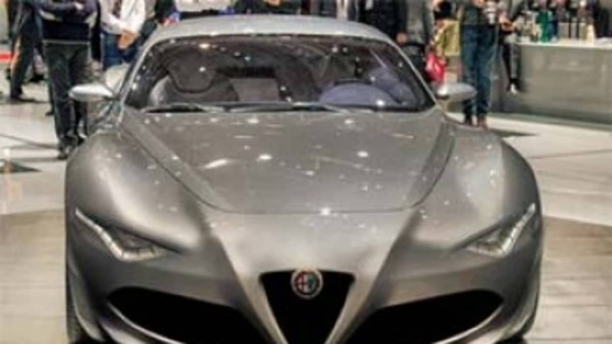 It has been reported that an Alfa Romeo 6C will be built, with the Maserati Alfieri concept used as a base. This image has been digitally altered.
