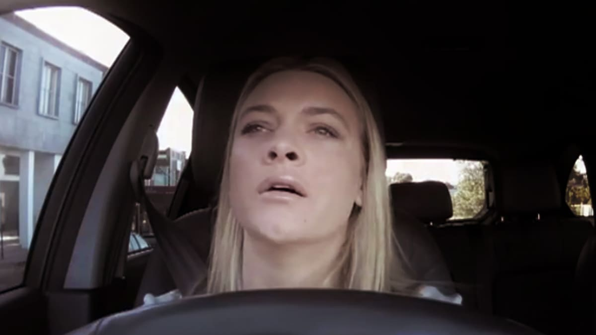 Renault Says Drive To Work More Stressful Than Being There: Video