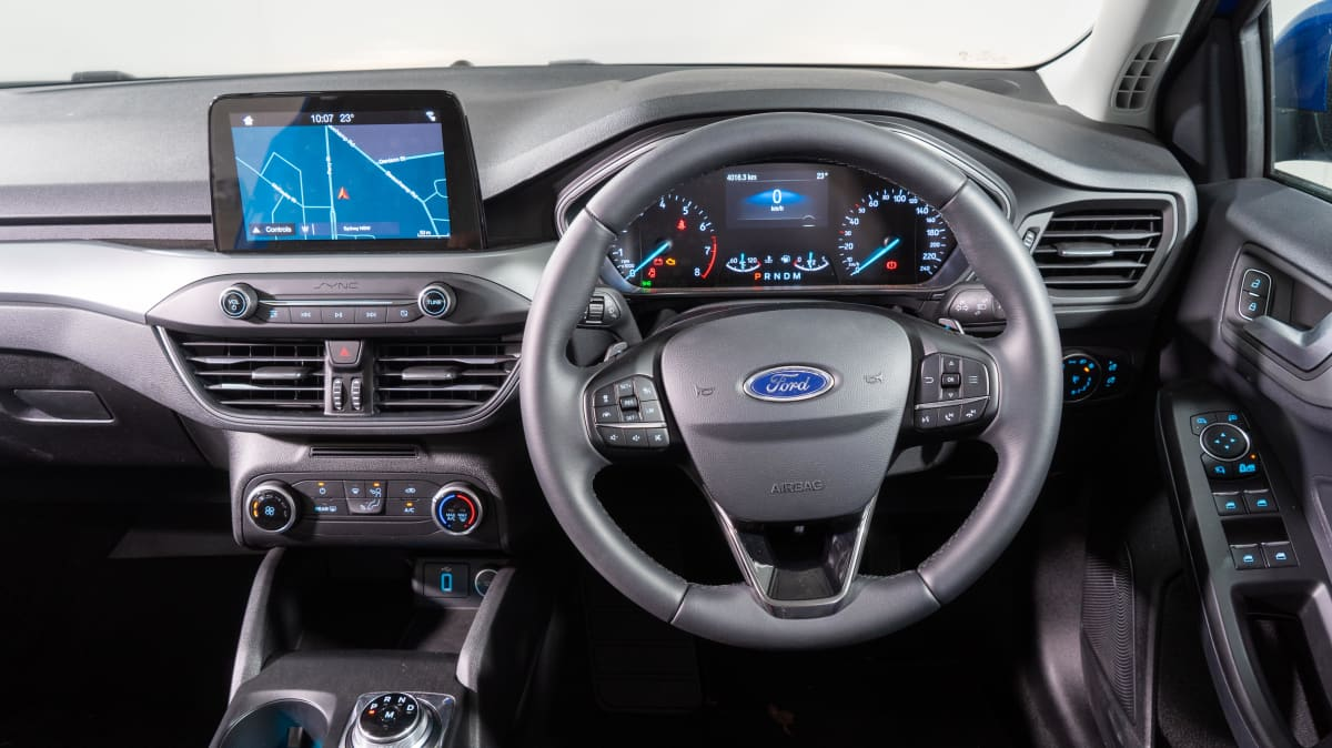Ford Focus Trend 2019 new car review-3