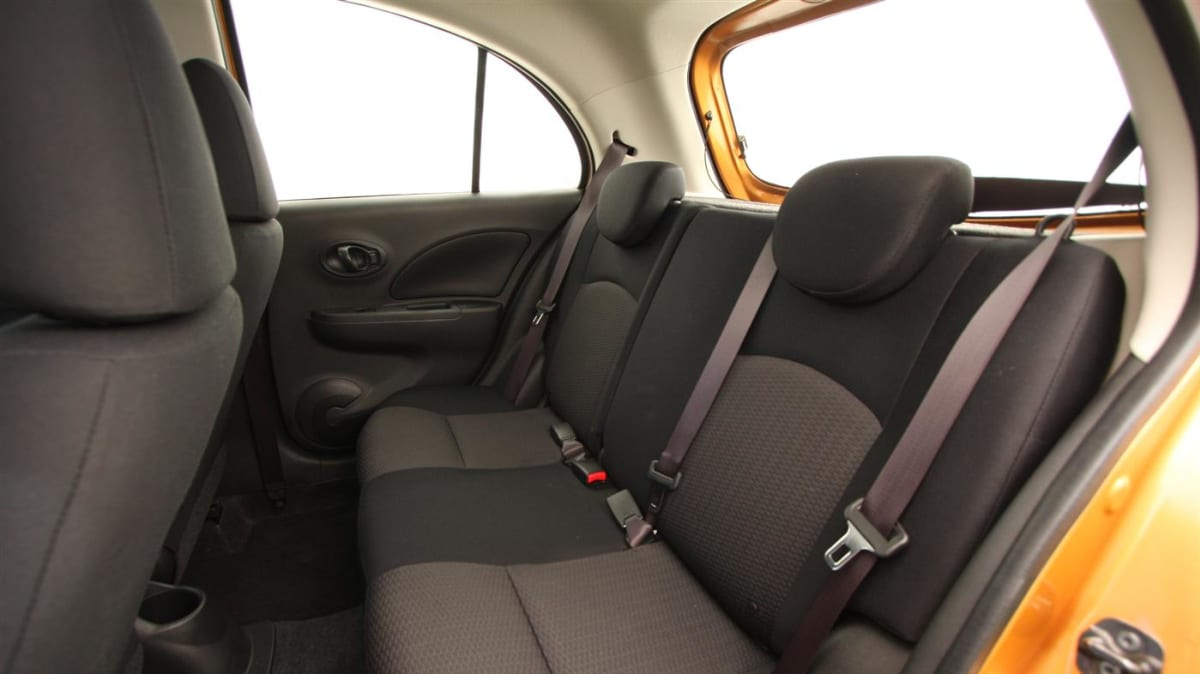 2011_nissan_micra_st_l_roadtest_review_19
