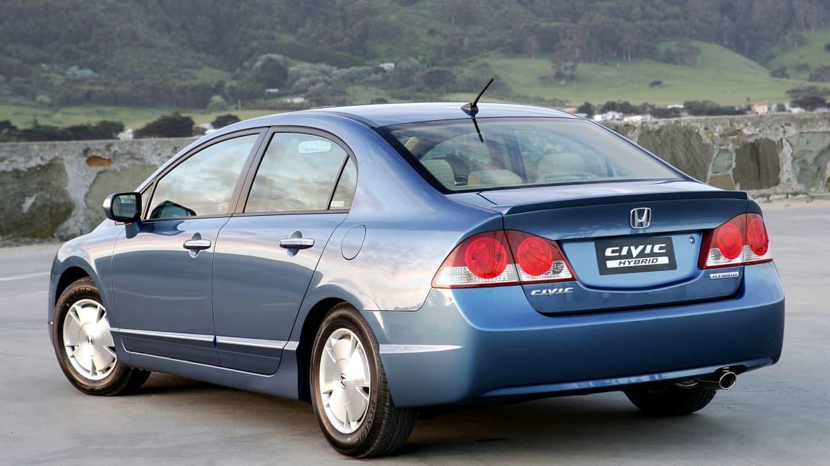 Honda Civic Hybrid Used Car Review-0