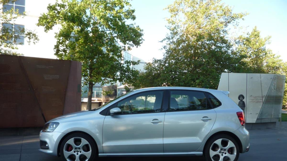 2011_volkswagen_polo_gti_5_door_road_test_review_00b