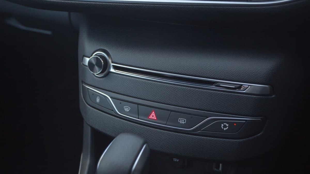 2020 Peugeot 308 GT Line review-2