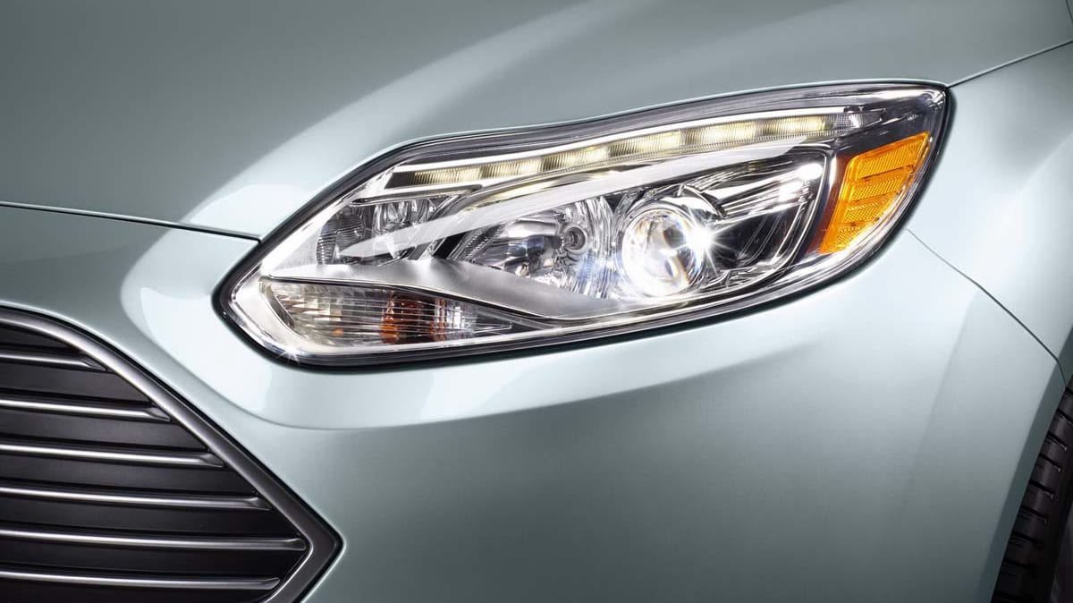 2012_ford_focus_electric_09