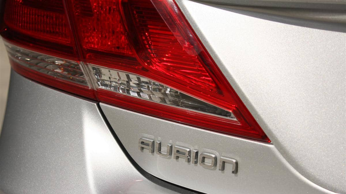 2010_toyota_aurion_at_x_road_test_review_header_21