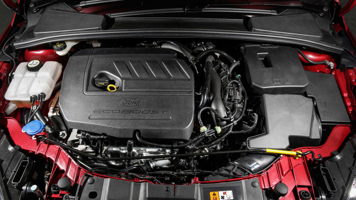 Ford Focus 2015-2018 used car review-1