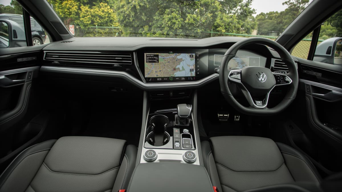 2021 Volkswagen Touareg 210TDI R-Line review-3