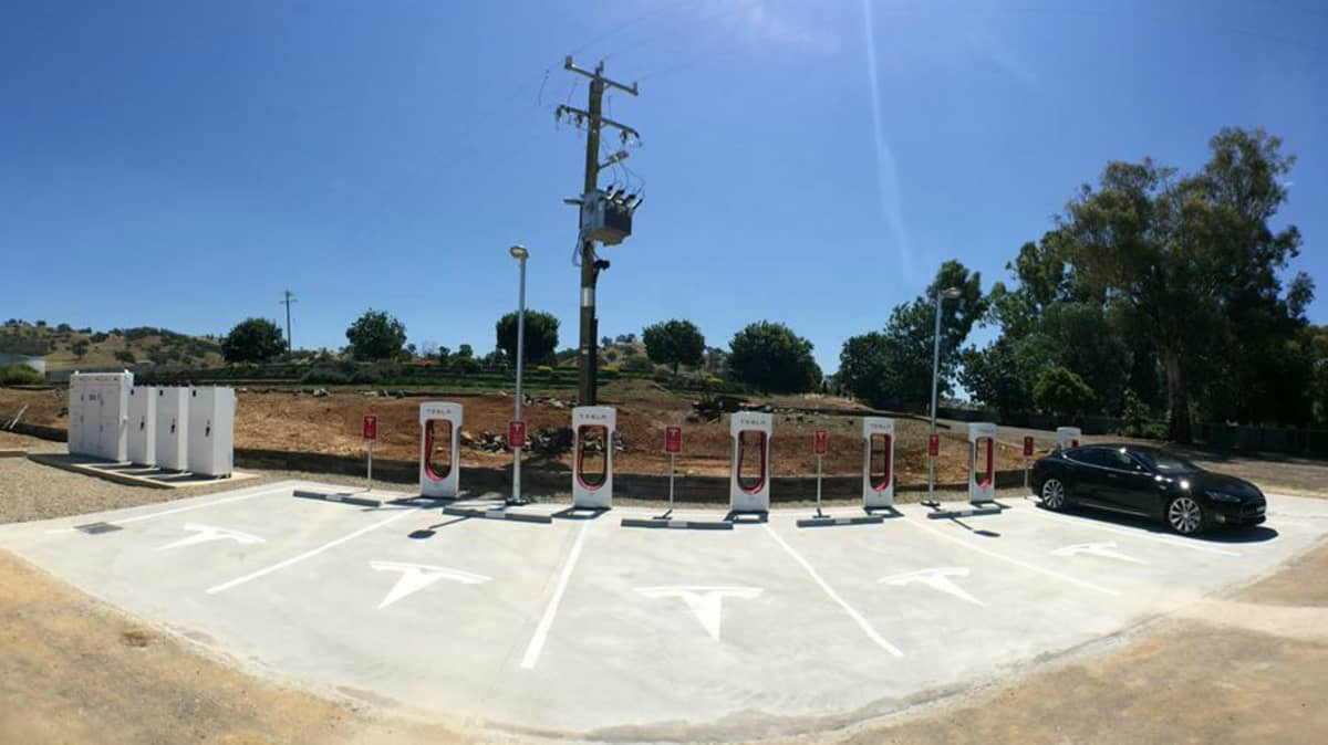 2015 Tesla Supercharger Rally - Sydney To Melbourne