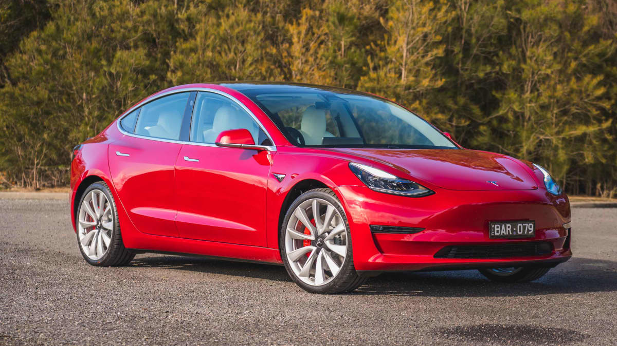 """Tesla Model 3 and Tesla Model S regain """"recommended"""" status by Consumer Reports"""