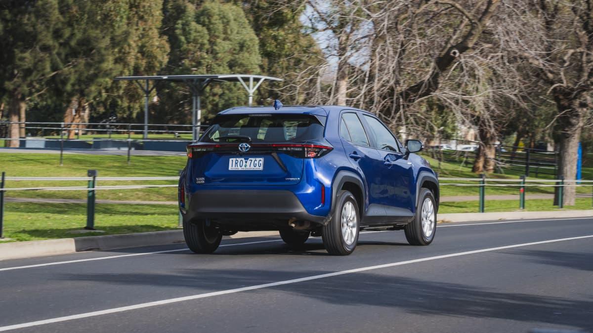 2021 Toyota Yaris Cross GX Hybrid 2WD review-1