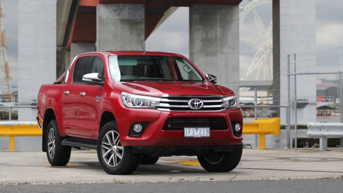2016 Toyota HiLux SR5 Double Cab REVIEW, Price, Features   Head And Shoulders Better Than Its Predecessor