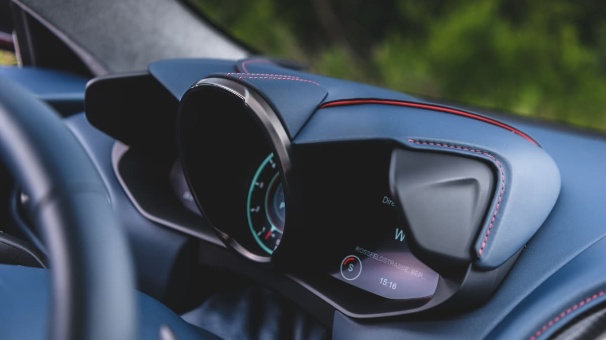 Aston Martin DBS Superleggera 2018 Review-0