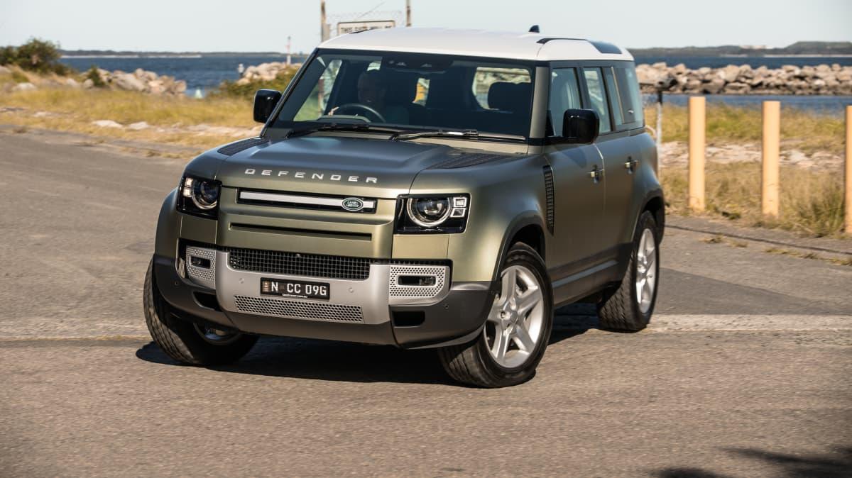 2021 Land Rover Defender P400 SE review-0