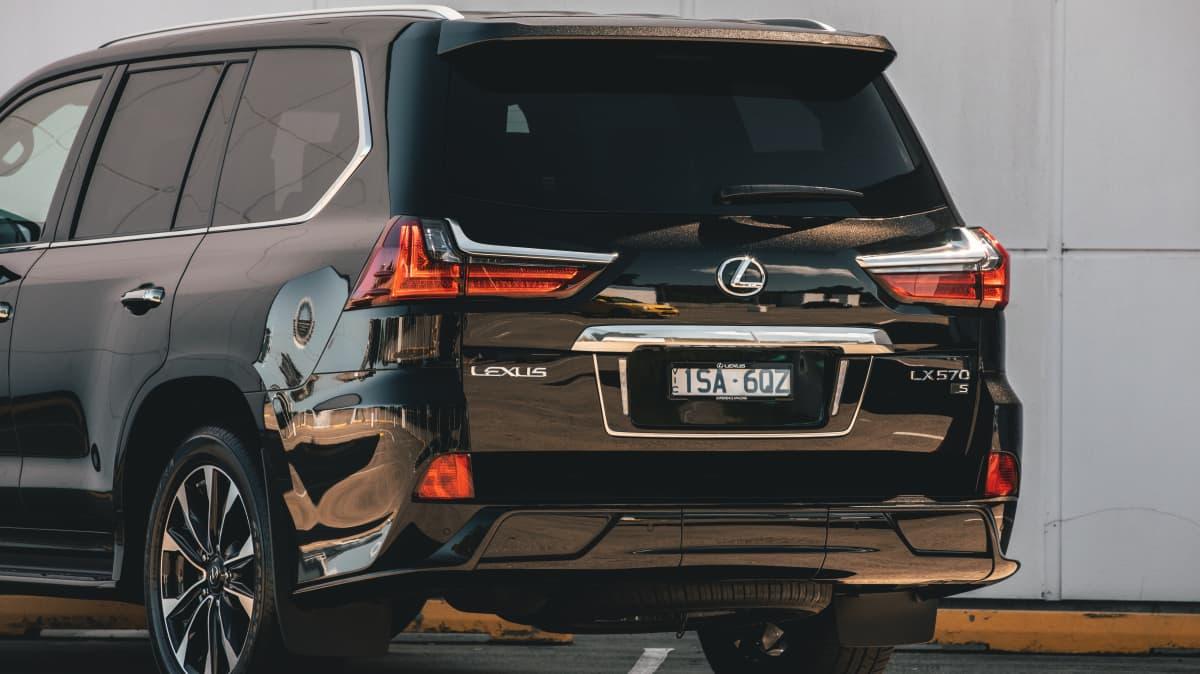 2021 Lexus LX570 S review-3