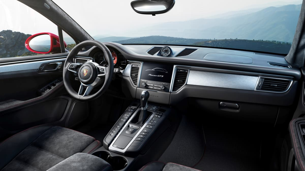 Porsche Macan GTS 2018 new car review-3