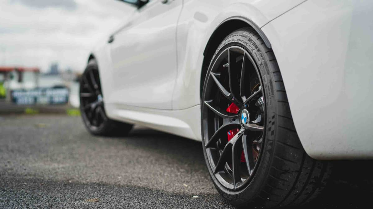 2021 BMW M2 CS manual review-1