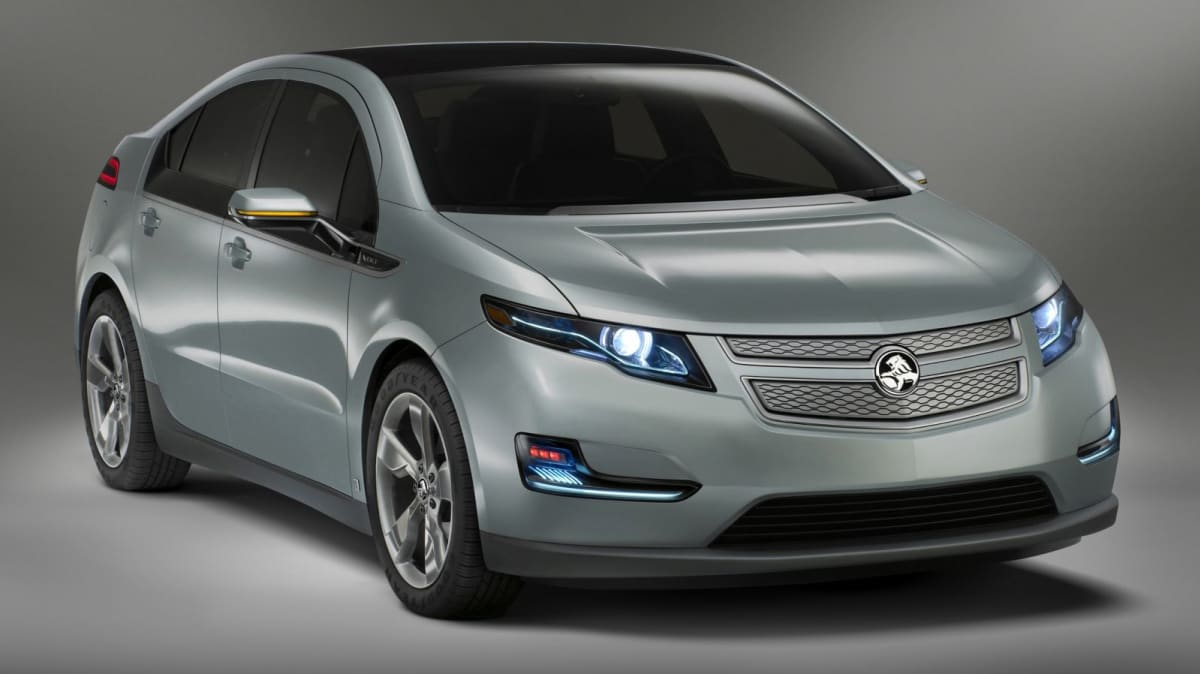 Chevrolet Volt Appears In First Commercial, Previews 2012 Holden Volt
