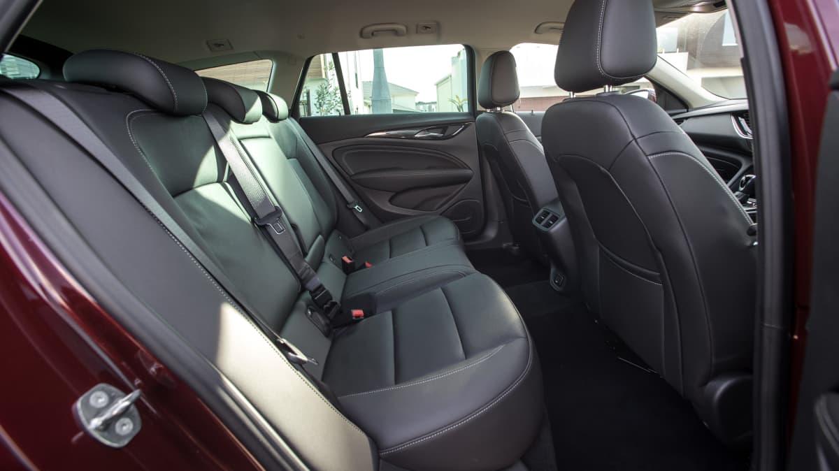 2019 Holden Calais Tourer review-4