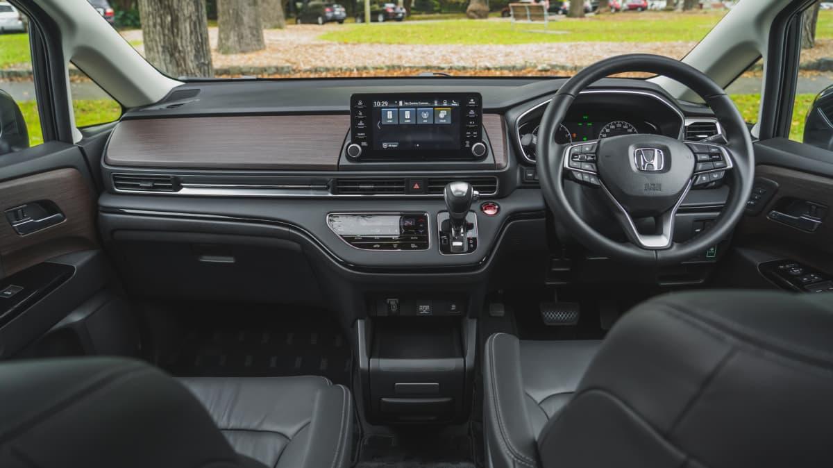 2021 Honda Odyssey Vi LX7 review-3