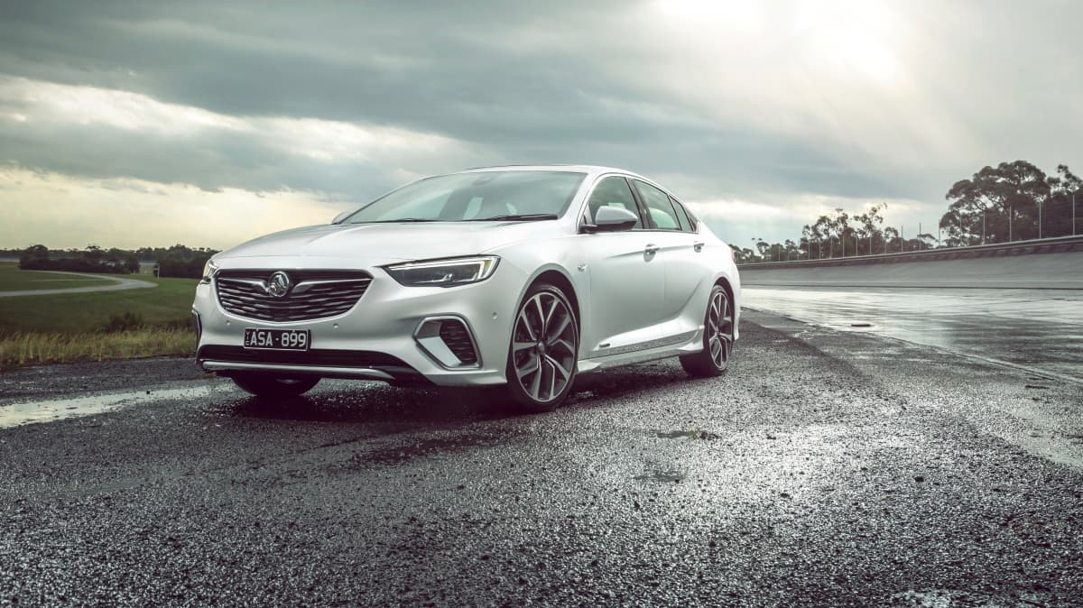 Holden ZB Commodore and Calais 2019 Review