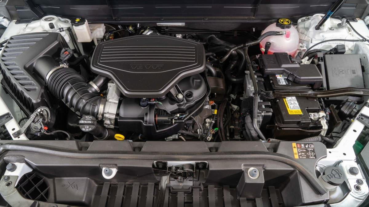 Holden Acadia LTZ-V Road Test Review-0