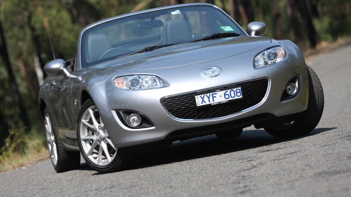 Mazda MX-5 Roadster Review