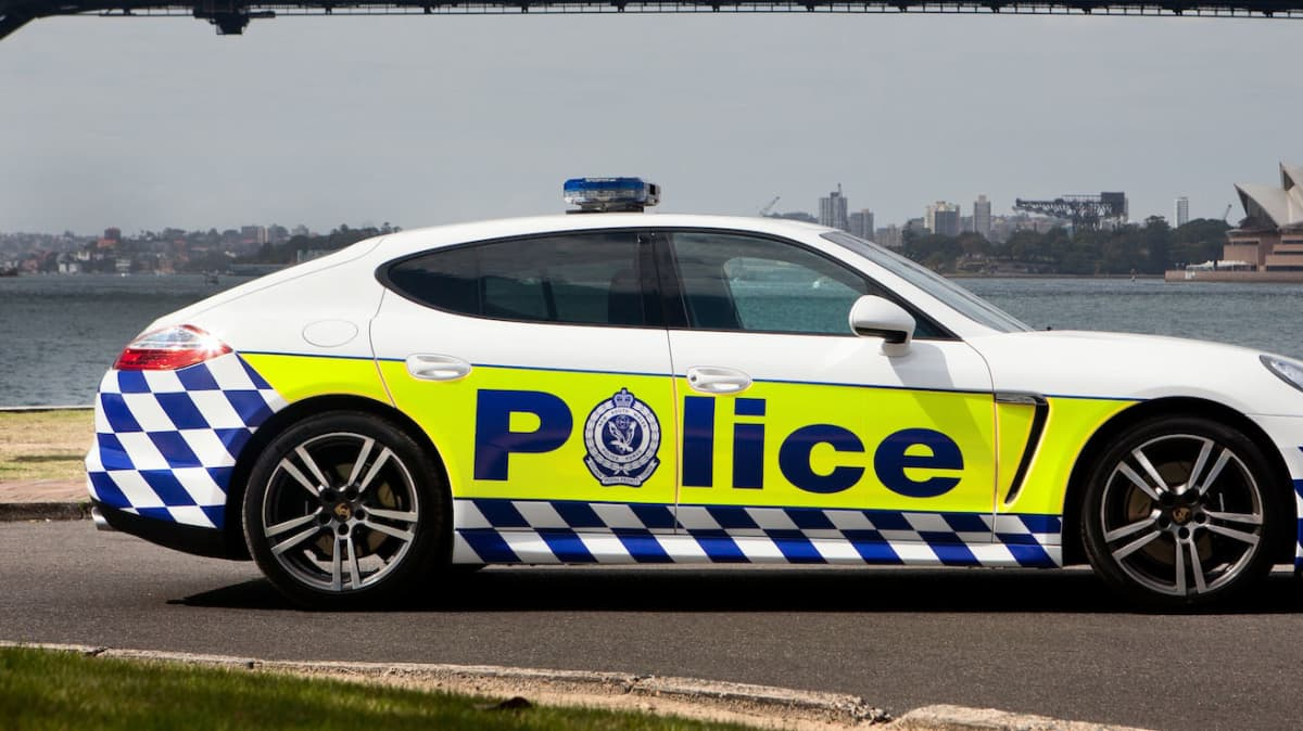sydney_police_panamera_03