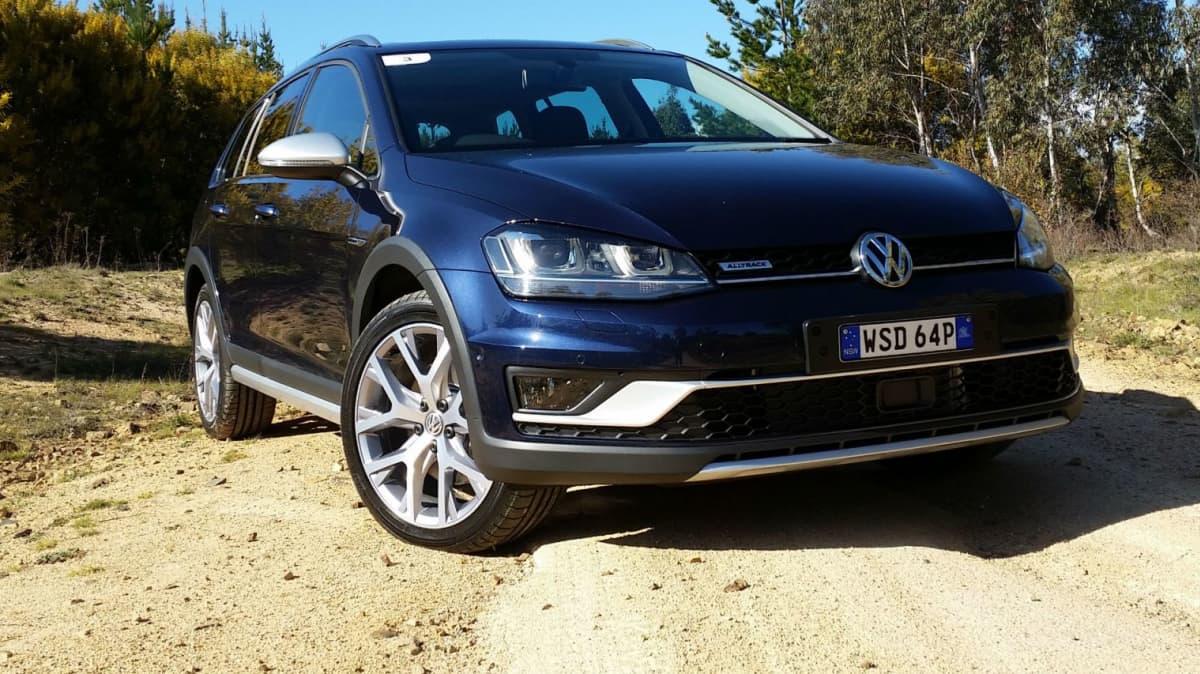 2015 Volkswagen Golf Alltrack Wagon Review - Better Than The Tiguan... Much