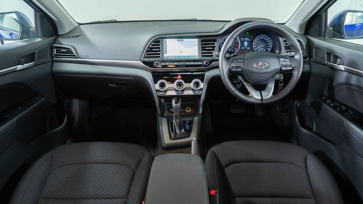 Hyundai Elantra Active 2019 Sedan Review-2