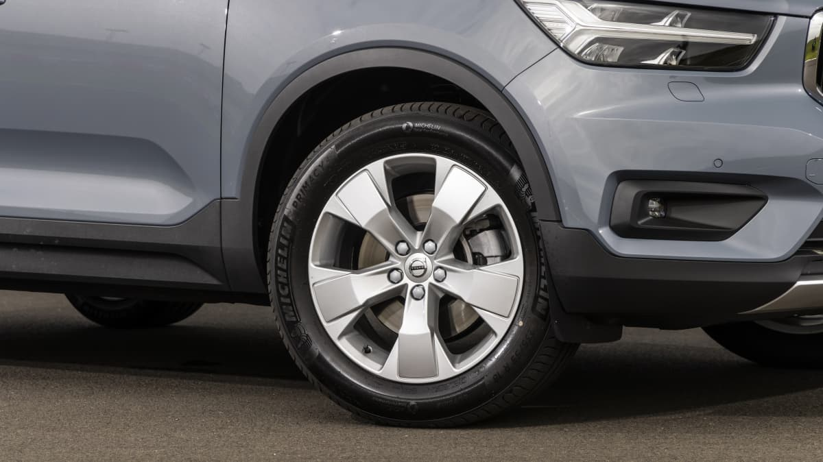 Drive Car of the Year Best Small Luxury SUV finalist Volvo XC40 front right wheel close-up