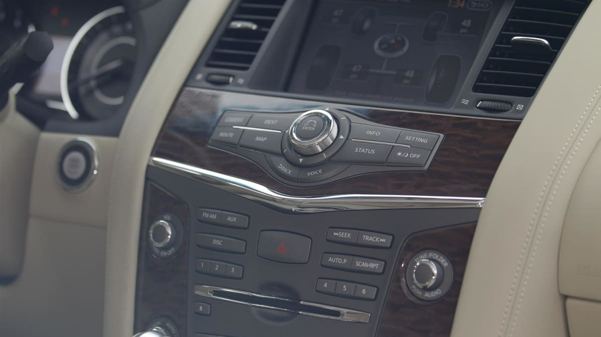 2012_nissan_patrol_y62_australian_launch_preview_first_drive_road_test_interior_05