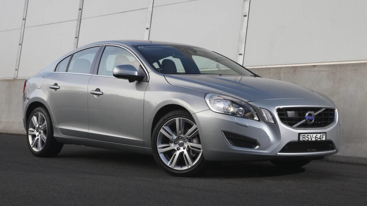 2011_volvo_s60_t6_review_04