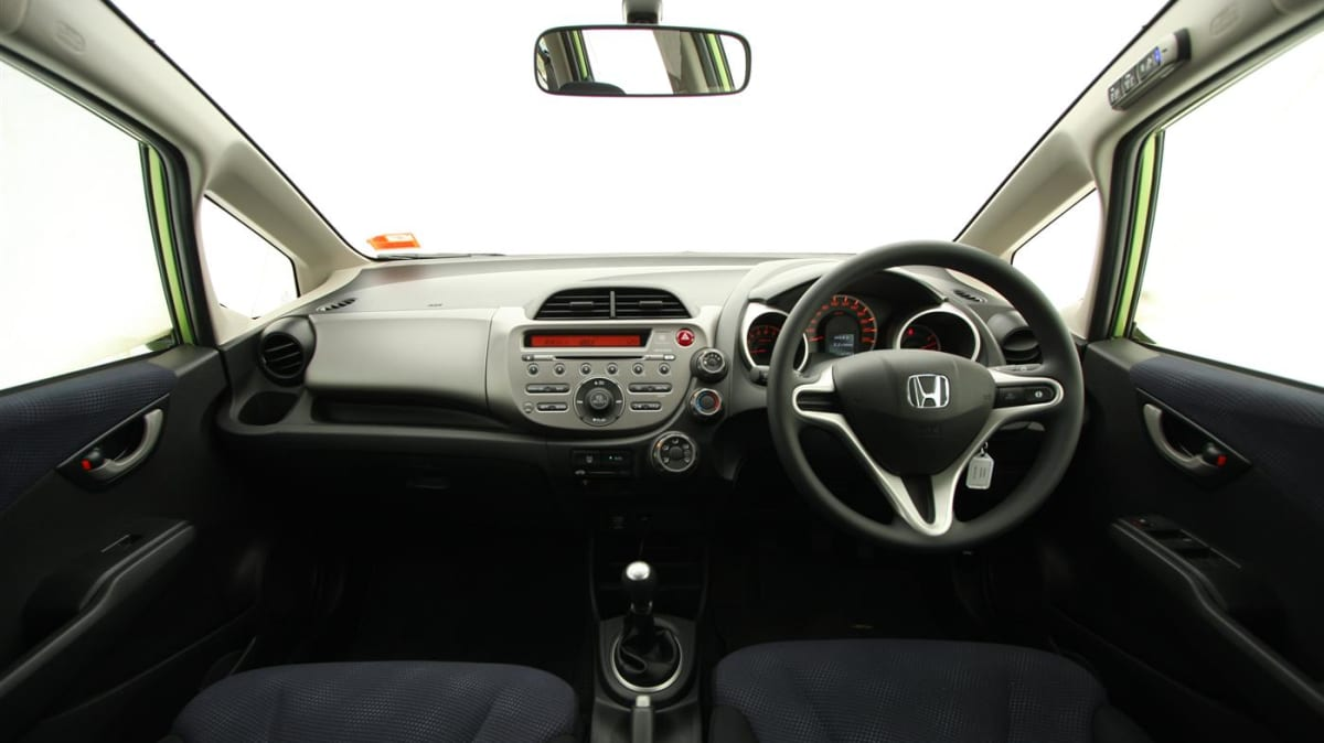 2011_honda_jazz_gli_roadtest_review_14