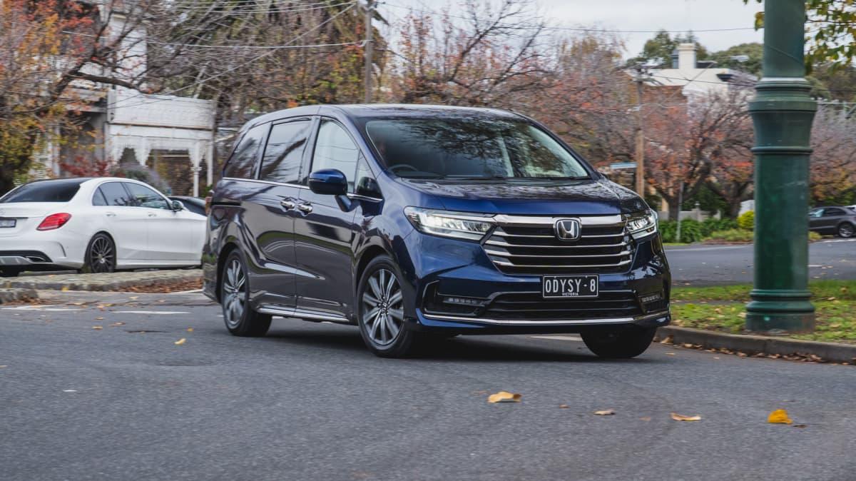 2021 Honda Odyssey Vi LX7 review-0