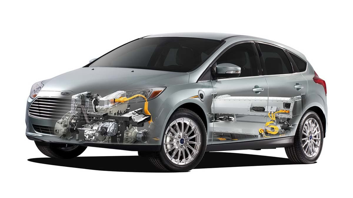 2012_ford_focus_electric_01