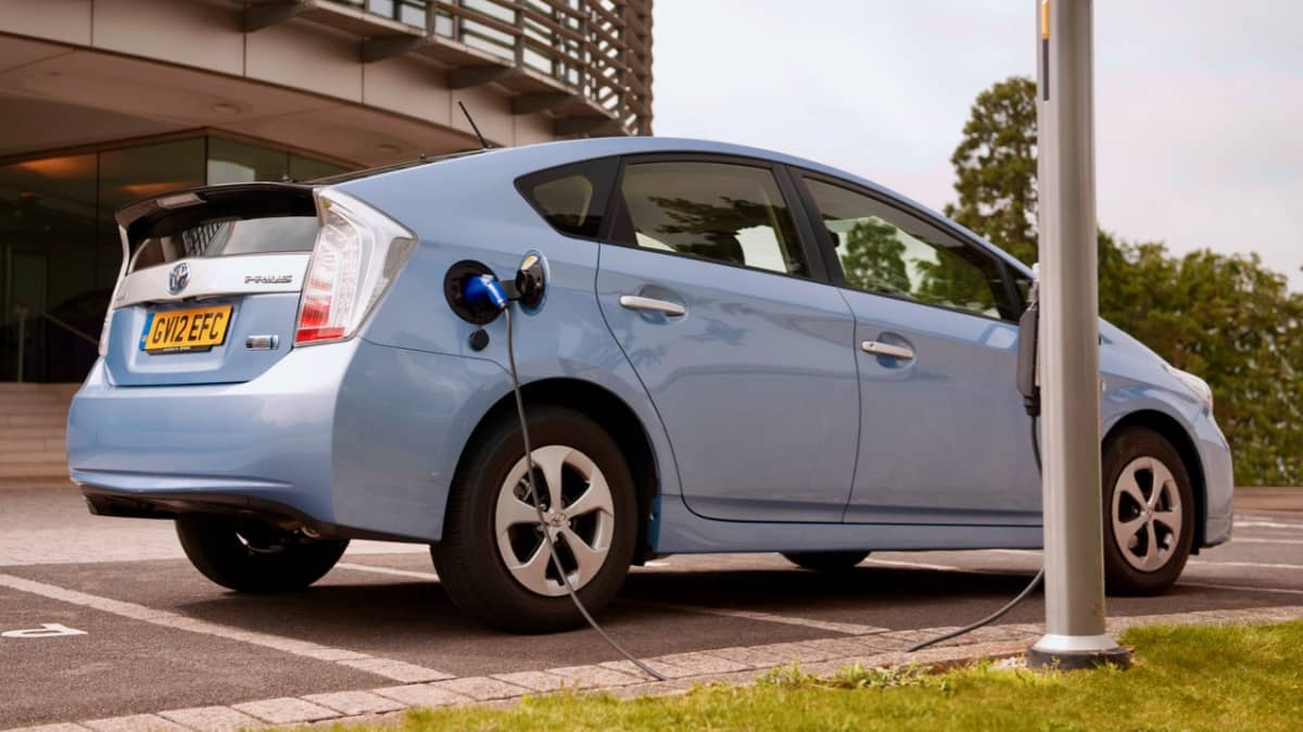 Toyota says petrol engine not dead until after 2050