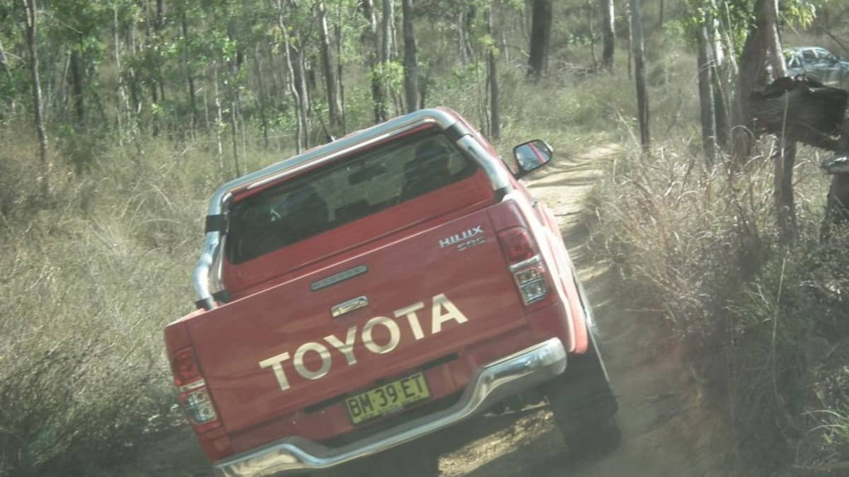 2012_toyota_hilux_road_test_review_15